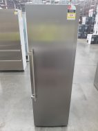 Liebherr SKBES4213 393L Upright Fridge