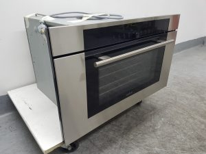 WOLF ICBCSO30TMSTH 76cm M Series Convection Steam Oven 1095851